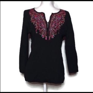 Black &Red Detailed Blouse